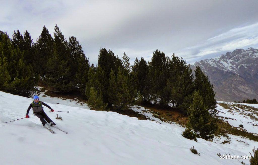 P1050354 1024x655 - Séptima, bajamos por las pistas de Cerler, Valle de Benasque.