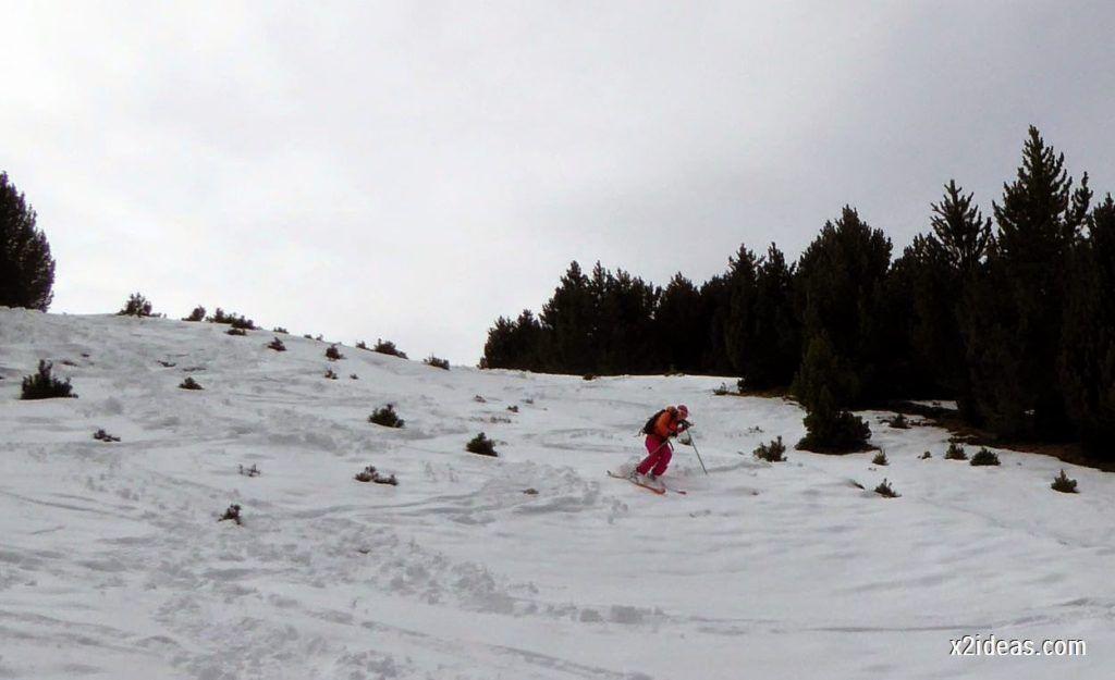 P1050362 1024x625 - Séptima, bajamos por las pistas de Cerler, Valle de Benasque.