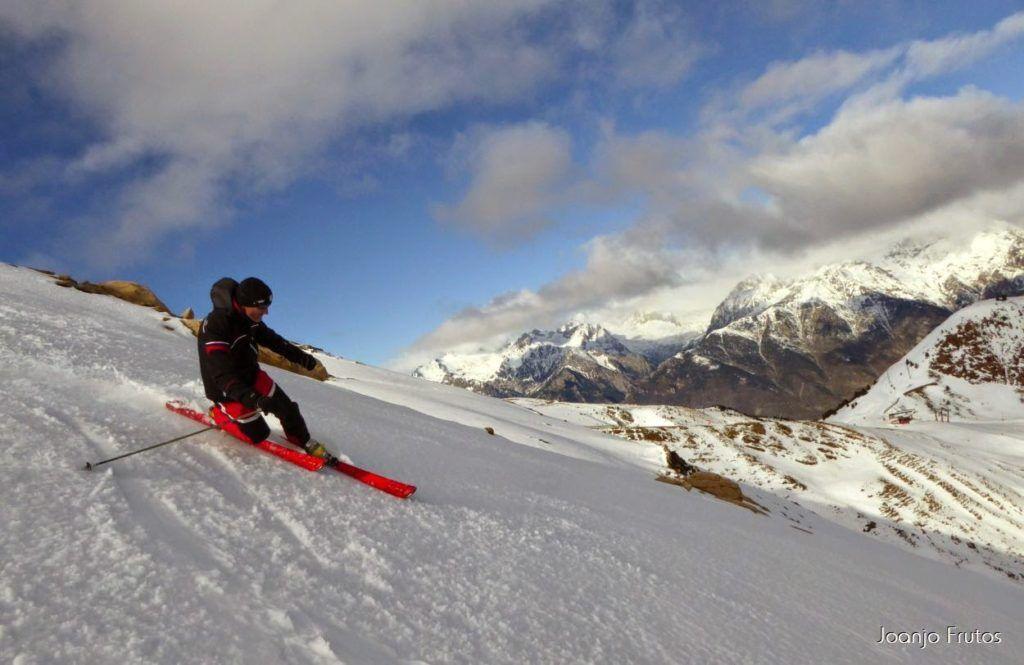 P1050912 1024x665 - Esquiando como en primavera en Cerler.