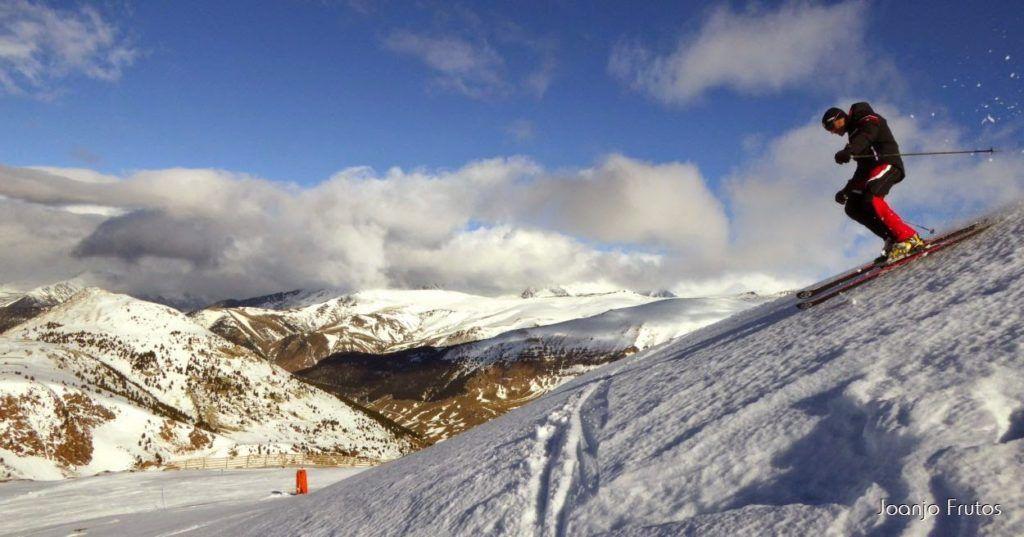 P1050955 1024x537 - Esquiando como en primavera en Cerler.