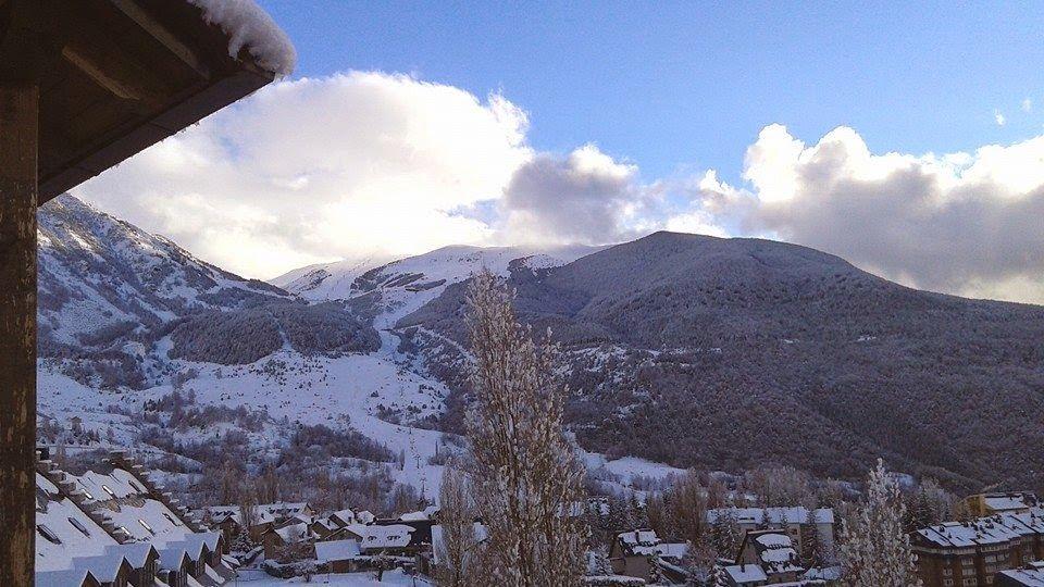 10922717 10204590286789608 947507297000491334 n - Y llegó la nevada... Cerler, Valle de Benasque