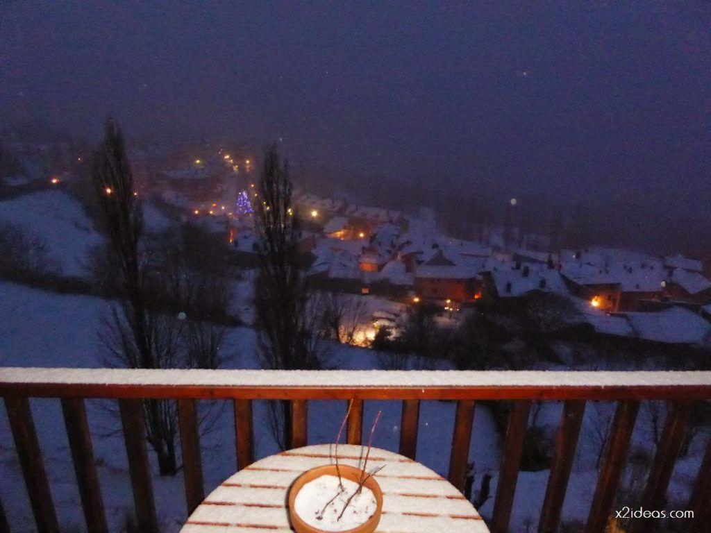 P1060267 1024x768 - Tanto asustar y de momento ligera nevada en Cerler.