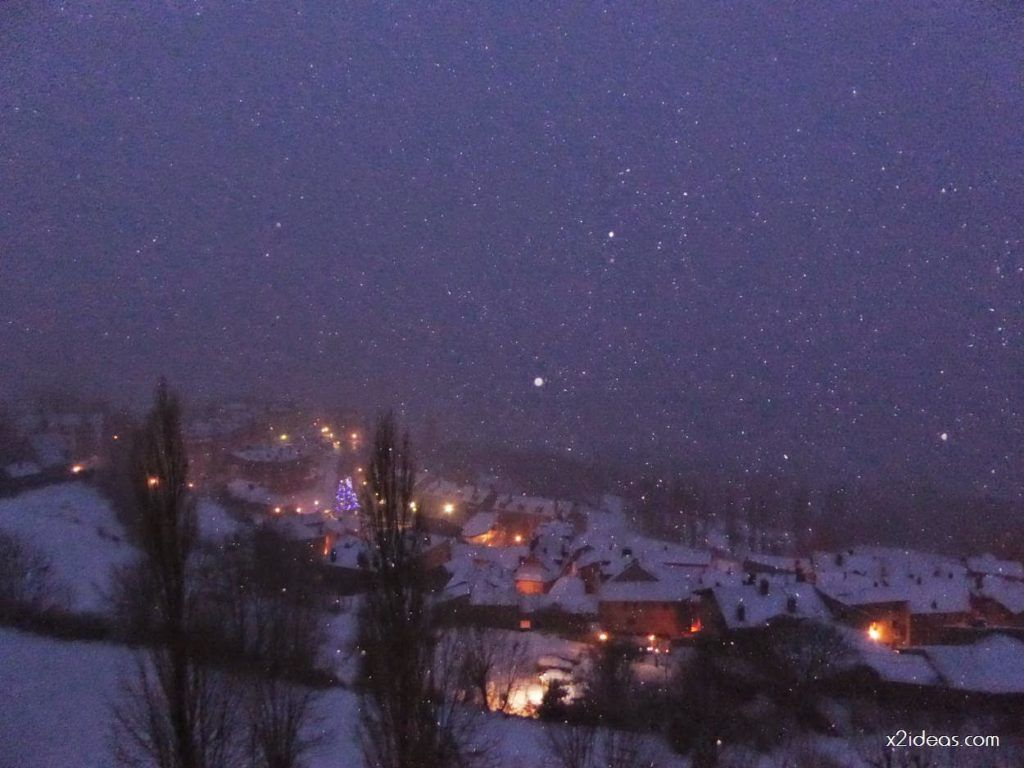 P1060269 1024x768 - Tanto asustar y de momento ligera nevada en Cerler.
