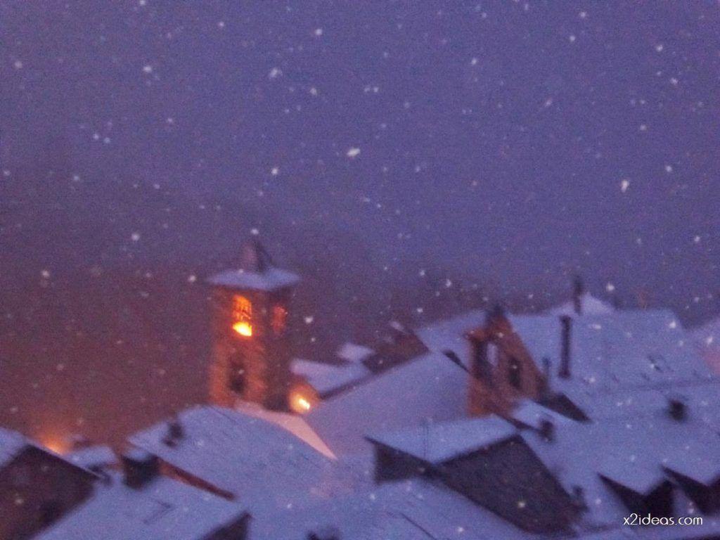 P1060270 1024x768 - Tanto asustar y de momento ligera nevada en Cerler.
