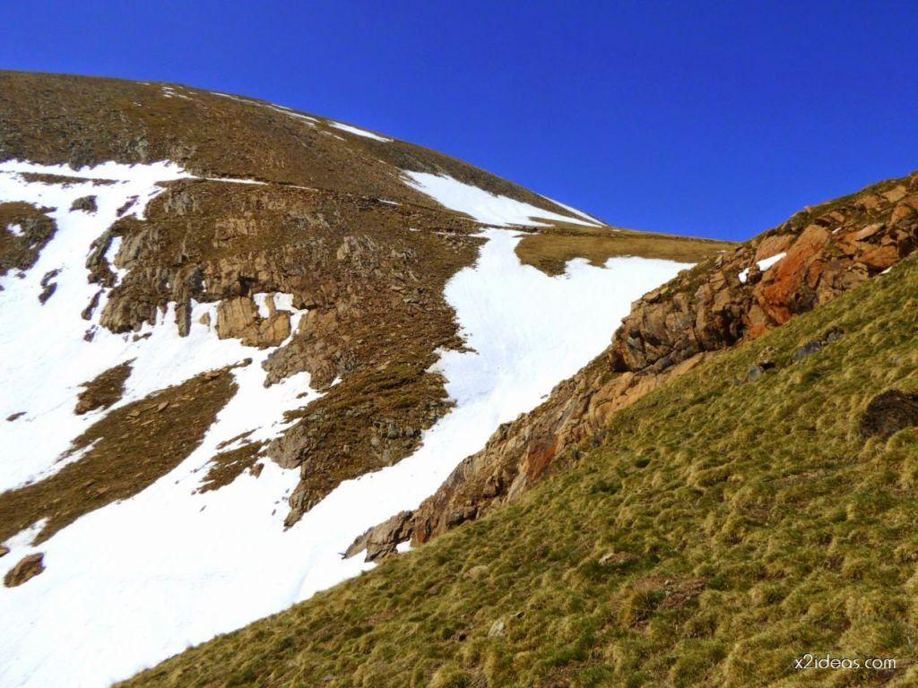 P1090554 1024x768 - La pala que todos vemos desde Gallinero, Cerler.