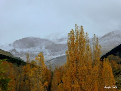 P1170329 - Octubre y vuelve a nevar en el Valle de Benasque
