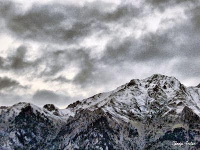 P1170589 fhdr - Segunda nevada de Noviembre en las cimas de Benasque.