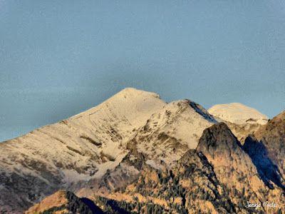 P1170596 fhdr - Segunda nevada de Noviembre en las cimas de Benasque.