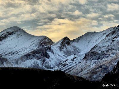 P1170598 fhdr - Segunda nevada de Noviembre en las cimas de Benasque.