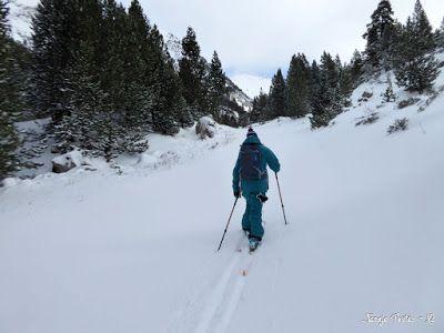 P1180143 - La primera esquiada, La Besurta (Valle de Benasque)
