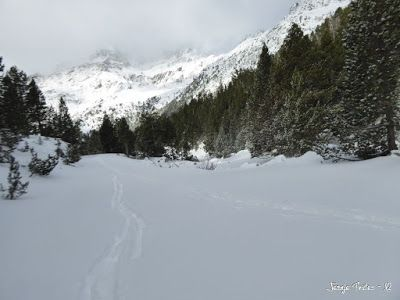 P1180157 - La primera esquiada, La Besurta (Valle de Benasque)