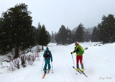 P1180490 - Salida de amigos por La Renclusa. Buena nieve.