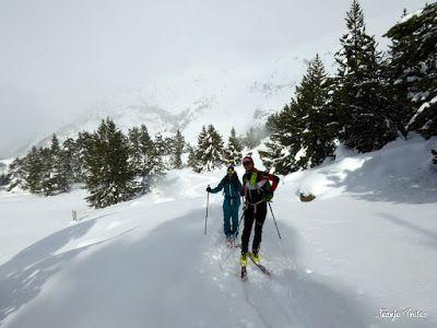 P1180502 - Salida de amigos por La Renclusa. Buena nieve.