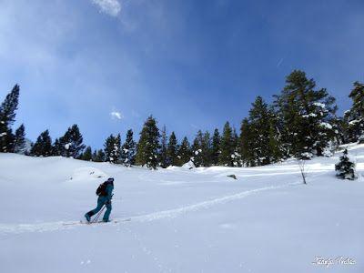 P1180524 - Salida de amigos por La Renclusa. Buena nieve.
