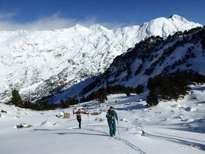 P1180542 - Salida de amigos por La Renclusa. Buena nieve.
