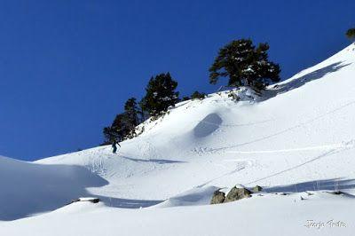 P1180555 - Salida de amigos por La Renclusa. Buena nieve.