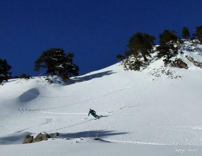 P1180557 - Salida de amigos por La Renclusa. Buena nieve.