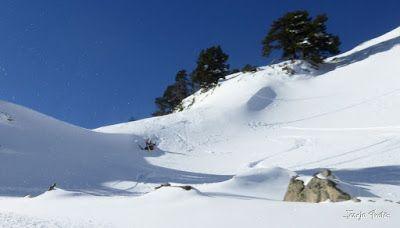 P1180562 - Salida de amigos por La Renclusa. Buena nieve.