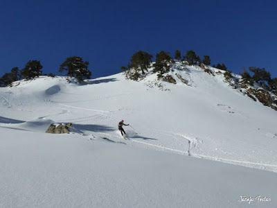 P1180564 - Salida de amigos por La Renclusa. Buena nieve.