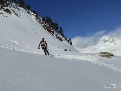 P1180566 - Salida de amigos por La Renclusa. Buena nieve.