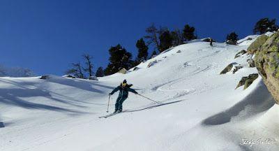 P1180573 - Salida de amigos por La Renclusa. Buena nieve.