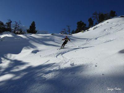 P1180577 - Salida de amigos por La Renclusa. Buena nieve.