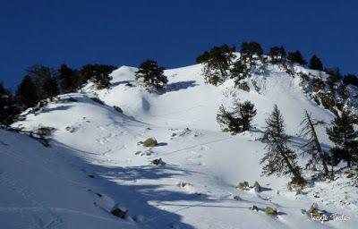 P1180591 - Salida de amigos por La Renclusa. Buena nieve.