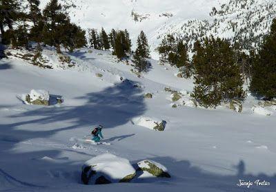 P1180618 - Salida de amigos por La Renclusa. Buena nieve.