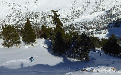 P1180621 - Salida de amigos por La Renclusa. Buena nieve.
