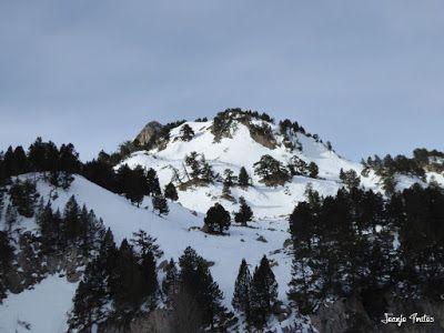 P1180856 - La Renclusa on the Rocks. Valle de Benasque.