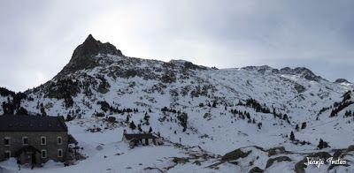 Panorama3 - La Renclusa on the Rocks. Valle de Benasque.