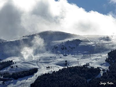 P1190043 - 2016 Comienza a nevar en Cerler.