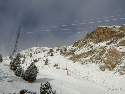 P1190111 - Y nos nevó ... a por los gordos. Cerler.