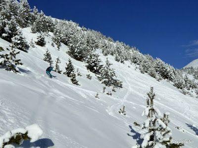 P1200710 - En Cerler nieve y sol, no en los mapas de la tele.