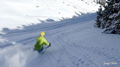 P1200719 006 - En Cerler nieve y sol, no en los mapas de la tele.