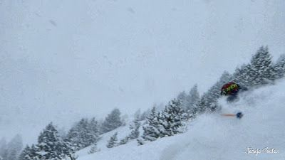 P1200921 002 fhdr - Nieve de verdad en Cerler, Valle de Benasque.