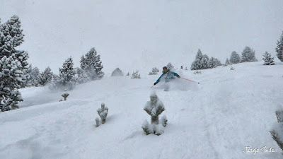 P1200926 020 fhdr - Nieve de verdad en Cerler, Valle de Benasque.