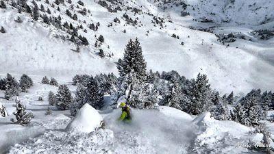 P1200934 005 fhdr - Nieve de verdad en Cerler, Valle de Benasque.
