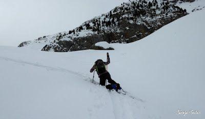 P1210598 - Chía con MasPirineo, es mucha sierra. Valle de Benasque