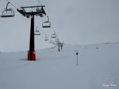 P1220633 - Lunes nevado, pistas cerradas ... vamos! Cerler.