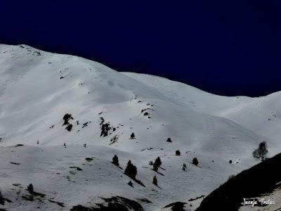 P1240937 - Primera esquiada de Mayo en Cerler.