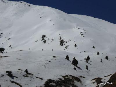 P1240939 - Primera esquiada de Mayo en Cerler.