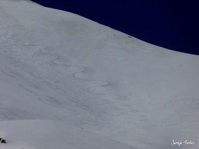 P1240948 - Primera esquiada de Mayo en Cerler.