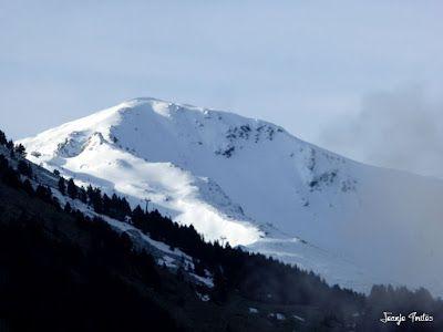 P1250155 - Nevadita en la Tuca de Castanesa 2 858m. Valle de Benasque.