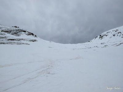 P1250216 - Nevadita en la Tuca de Castanesa 2 858m. Valle de Benasque.
