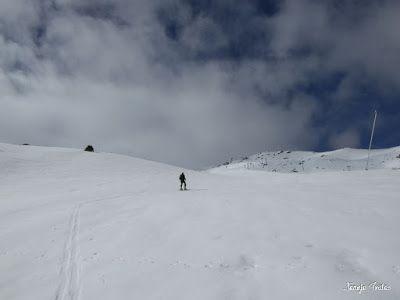 P1250275 - Otro Gallinero con nieve nueva, Cerler.