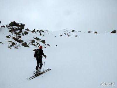 P1250278 - Otro Gallinero con nieve nueva, Cerler.