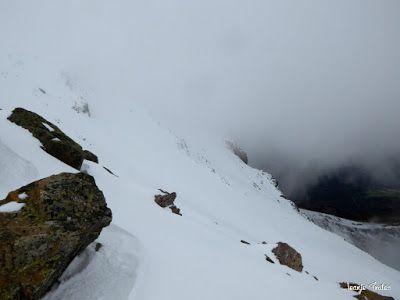 P1250282 - Otro Gallinero con nieve nueva, Cerler.