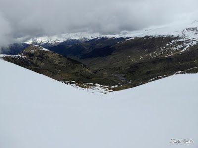 P1250288 - Otro Gallinero con nieve nueva, Cerler.
