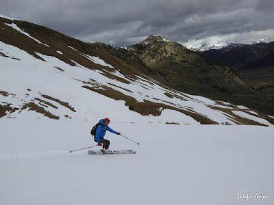 P1250305 - Otro Gallinero con nieve nueva, Cerler.